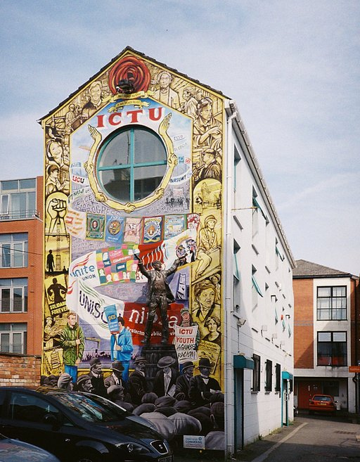 Travel Stories: The Murals of Belfast