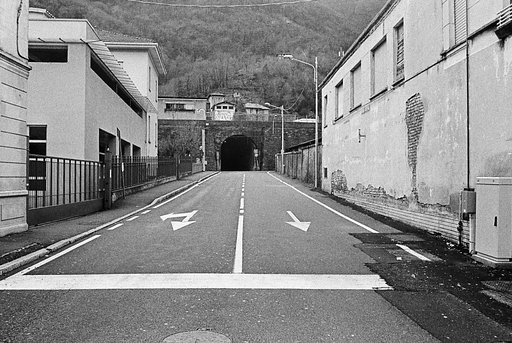 A Salute to the Masters: Unconscious Roads (A Tribute to Thomas Struth)