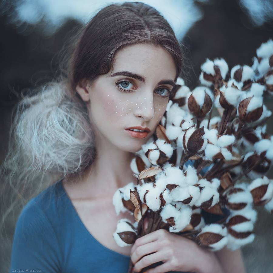 Anya Anti: Fantasy Dreaming with the Petzval Art Lenses