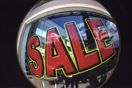 Lomography Sales Section Selling Out Soon!