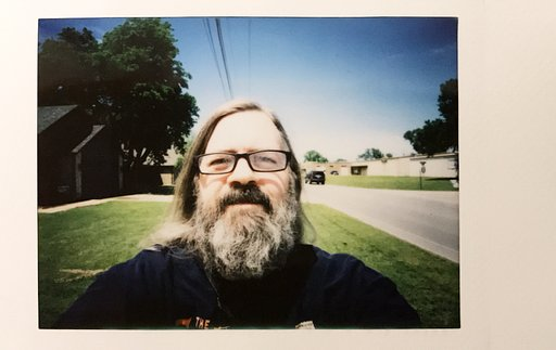 LomoHacks: The Lomo'Instant Automat Glass
