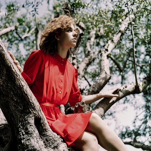 Lomo Lookbook: How to Use Lomography Films for Fashion Portraiture