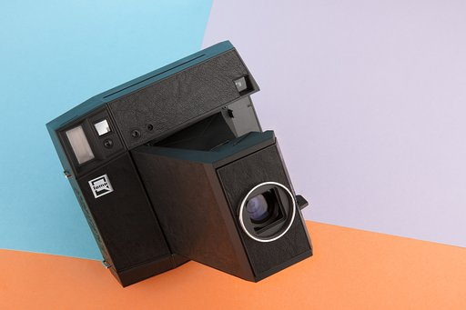 Switch & Swap Formats with the Lomo'Instant Square Glass Combo!