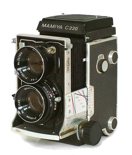 Mamiya C220: An Analogue Giant