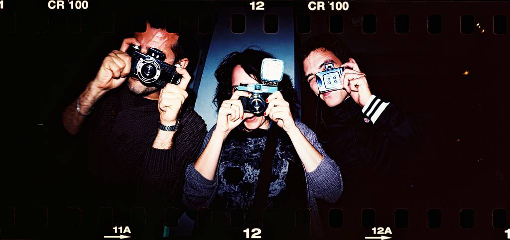 How to Wrap Up the Lomo Look this Holiday Season