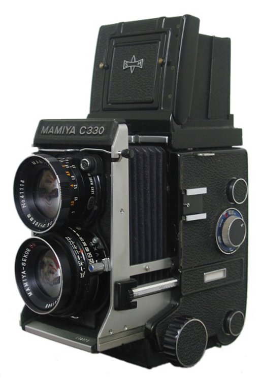 The Mamiya C330 Professional: A Japanese Jewel