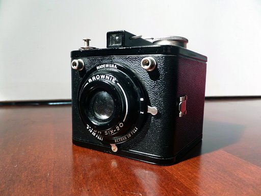 Vintage Camera Reviews: Kodak Flash 620