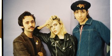 Exclusive LomoShoot with LomoAmigos Sunflower Bean
