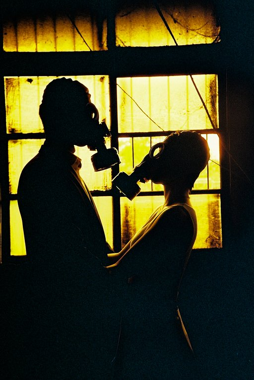 "Picturing the ""New Normal"" Romance with Lomography"