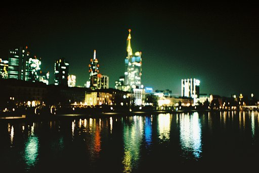 Picturesque Skylines by Lomographers