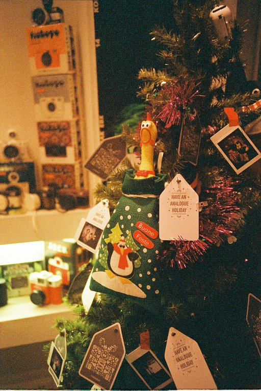 Lomography Gallery Store 广州 新年优惠!