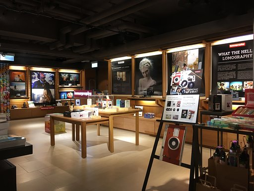 【期間限定】Lomography Pop Up Store @ 誠品尖沙咀店