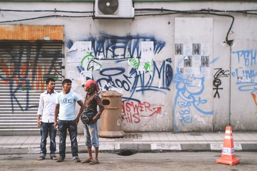 Malaysia's Street Scene in Photographs: Han Lim and the New Russar+ Art Lens