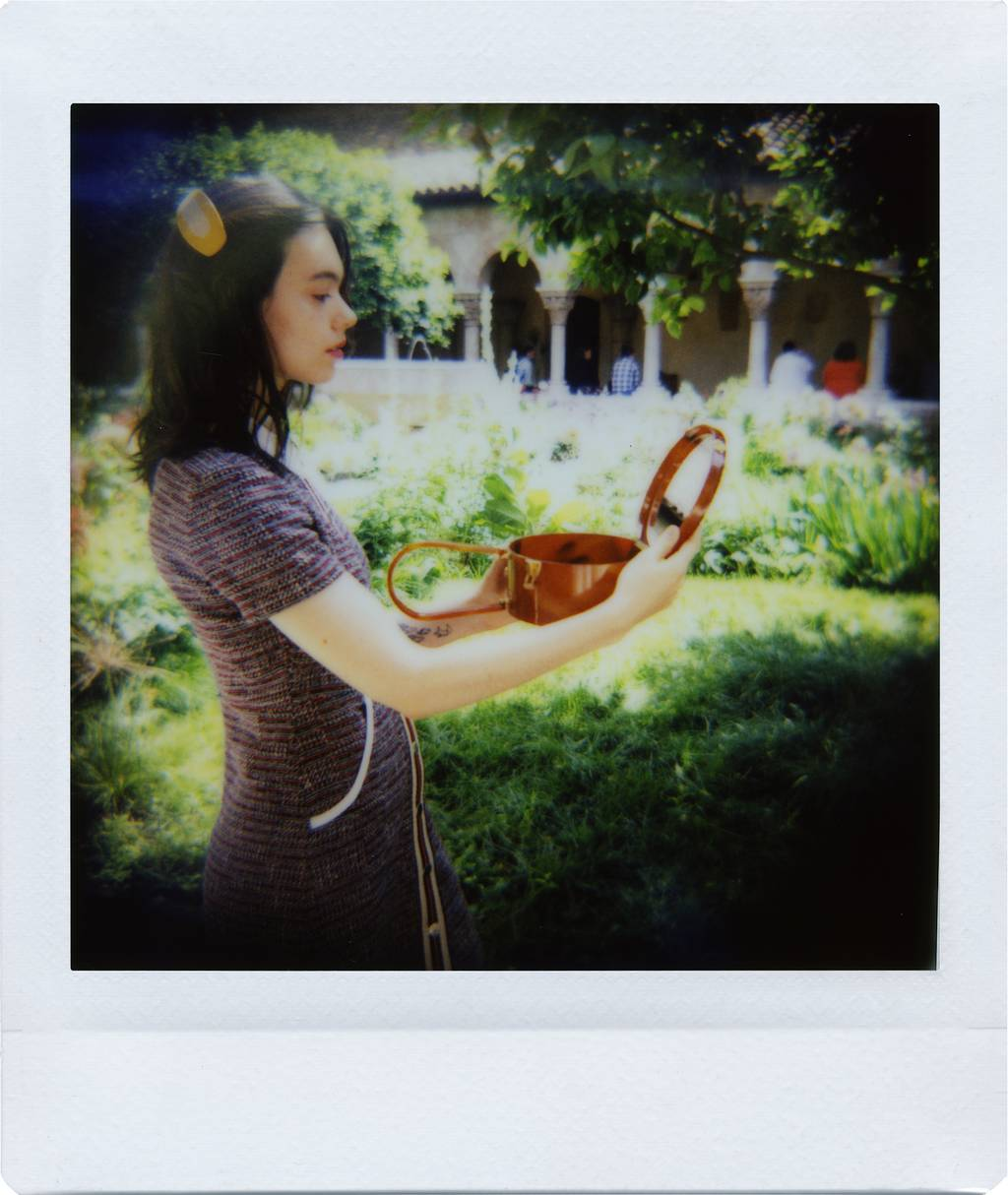 Mirella Cardoso: First Impressions of The Diana Instant Square