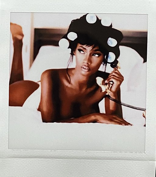 Dimetri Hogan: Throwback to 90's Fashion & Beauty with the Diana Instant Square
