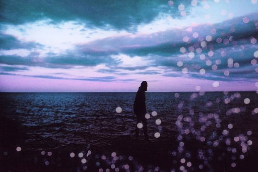 Romantic Transatlantic: Maya Beano unterwegs mit dem LomoChrome Purple