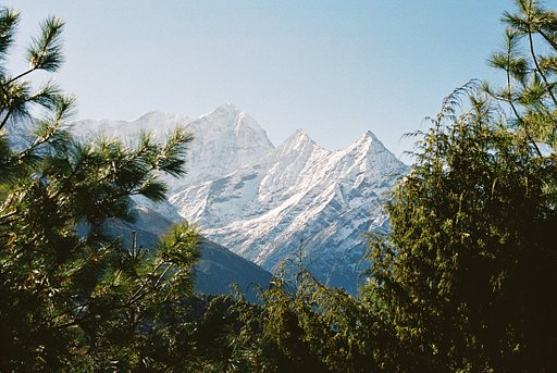 An Analog Everest Excursion: Nick Collingwood with Lomography Film