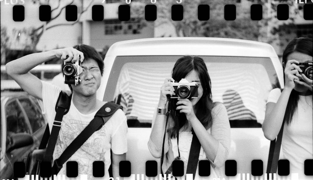Lubitel 166+: The Camera that Does Two Formats with Accuracy
