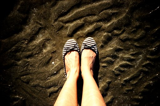 Lomography classics #1: The lomographer's feet