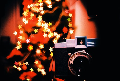 Festive Freebie Frenzy: Pick Your Dream Camera And Get a Fantastic Accessory For Free!
