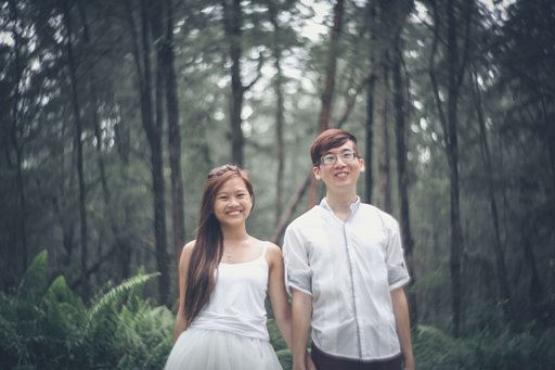 Pre-Wedding Photography Project by Cynthia Lau and the Petzval 85 Art Lens
