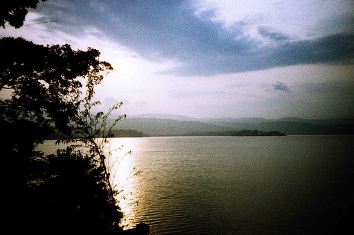 Lake Kivu - The Switzerland of Africa