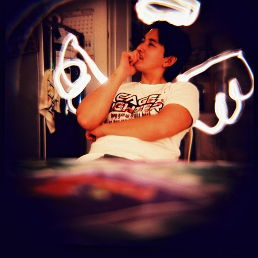 Lomography Workshop:夜間散步 — Lightpainting with DingDong