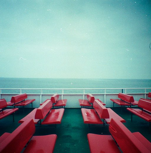 The Diana Mini and the Sea – by dominik_unbehagen