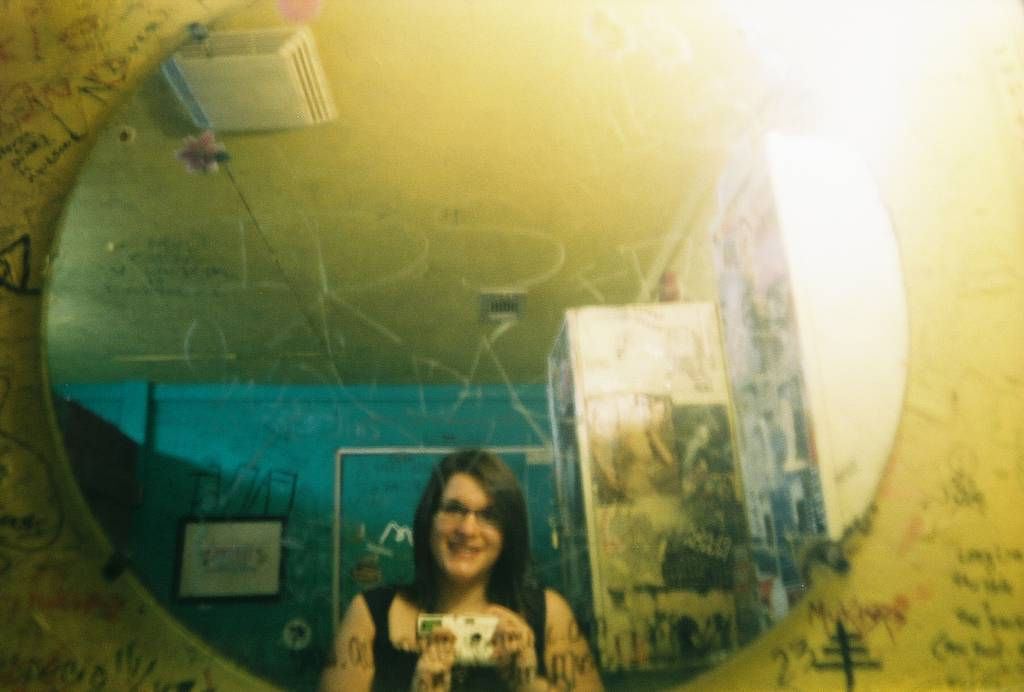 Lomography Colorsplash: Simplicity and Portability with a Twist!