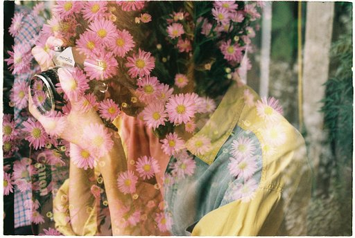 Young Vietnamese Lomographer Vo Phuoc Hung (VPHUNGLX) And His Analog Fun
