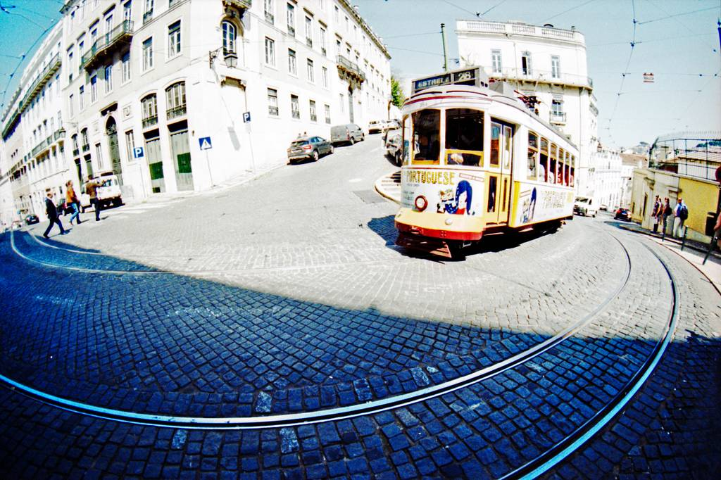 Vicuna's Travel Stories: Discovering Lisbon with the Naiad 15mm Lens