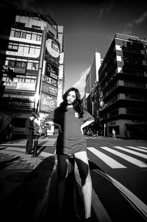 【Lomo LC-Wide】Gallery Tam 東京街頭快拍