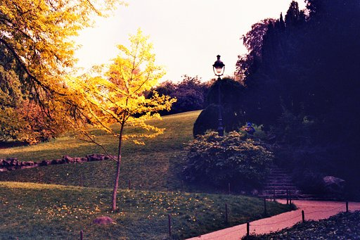 Places to Go: Parc des Buttes Chaumont