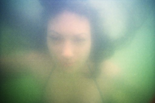 LomoAmigo: Dive Underwater with Rebecca Handler