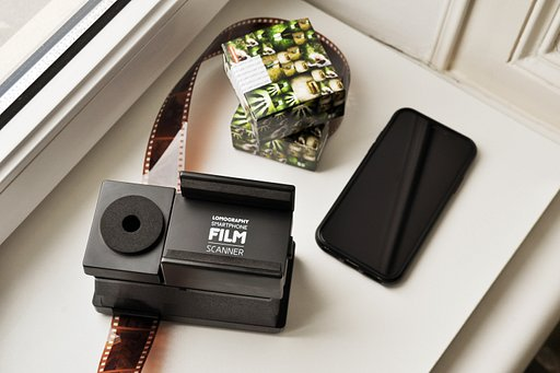 Tipster: Scanning Film with the Lomography Smartphone Scanner