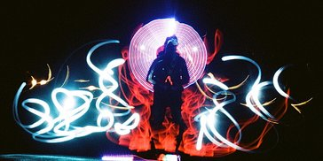 Tipster: How to Create Stunning Light Paintings