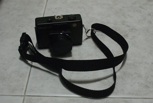 Be Ready for Your Next Shot With the DIY Sling Strap for the Holga 135