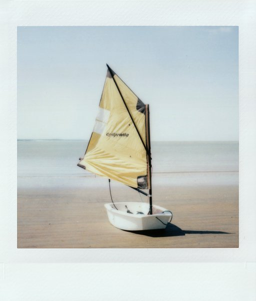 IZBERG : Die Lomo'Instant Square Glass in Royan