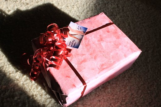 Creative Corner: Gift Wrapping 101