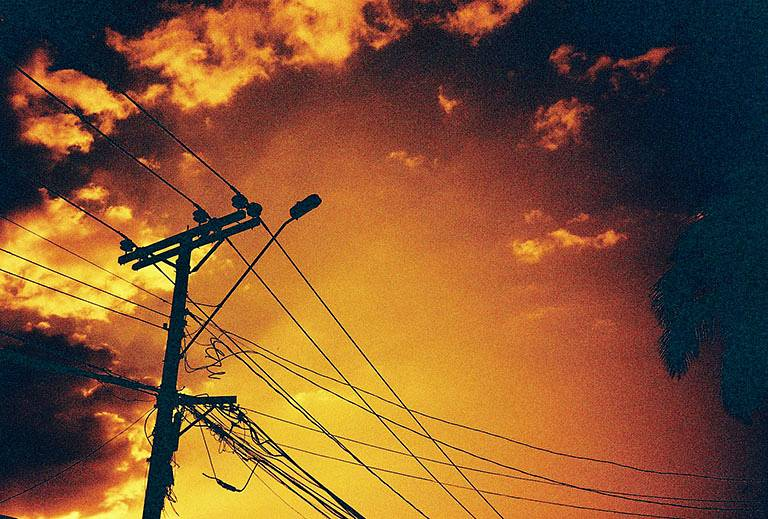 街中を赤く染める: Lomography Redscale (35mm, 100 iso) User-Review
