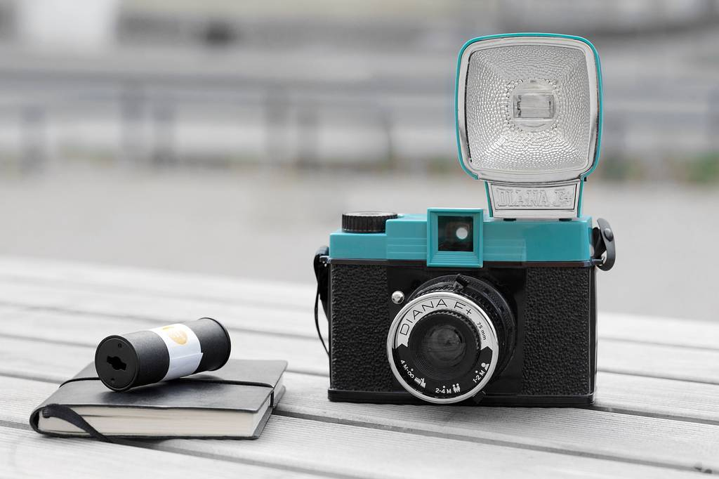Experience, Explore, and Experiement with the Classic Beauty of Diana F+ 16bcc7467706