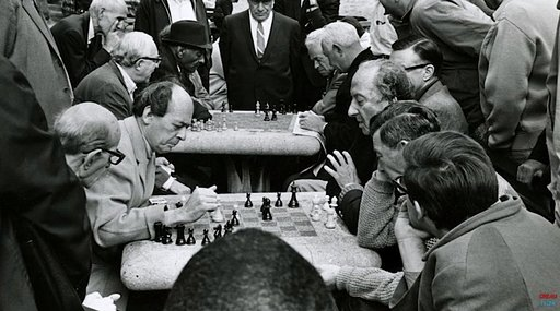 How Playing Chess Helped Stanley Kubrick with Filmmaking