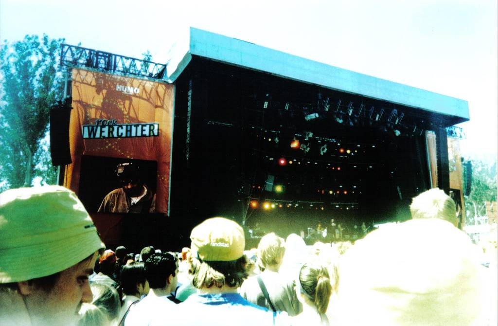 Tips for Photographing Concerts & Music Festivals