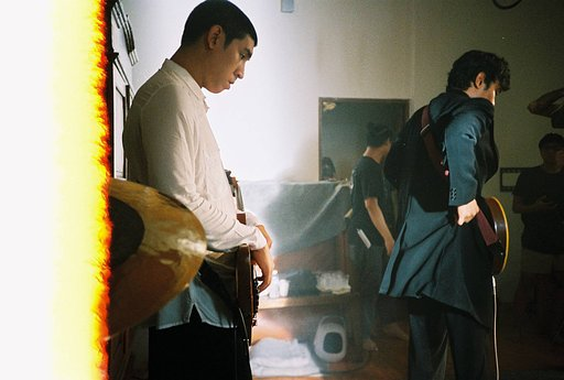 Backstage Pass: Music and Film Photography with LomoAmigo Baboon