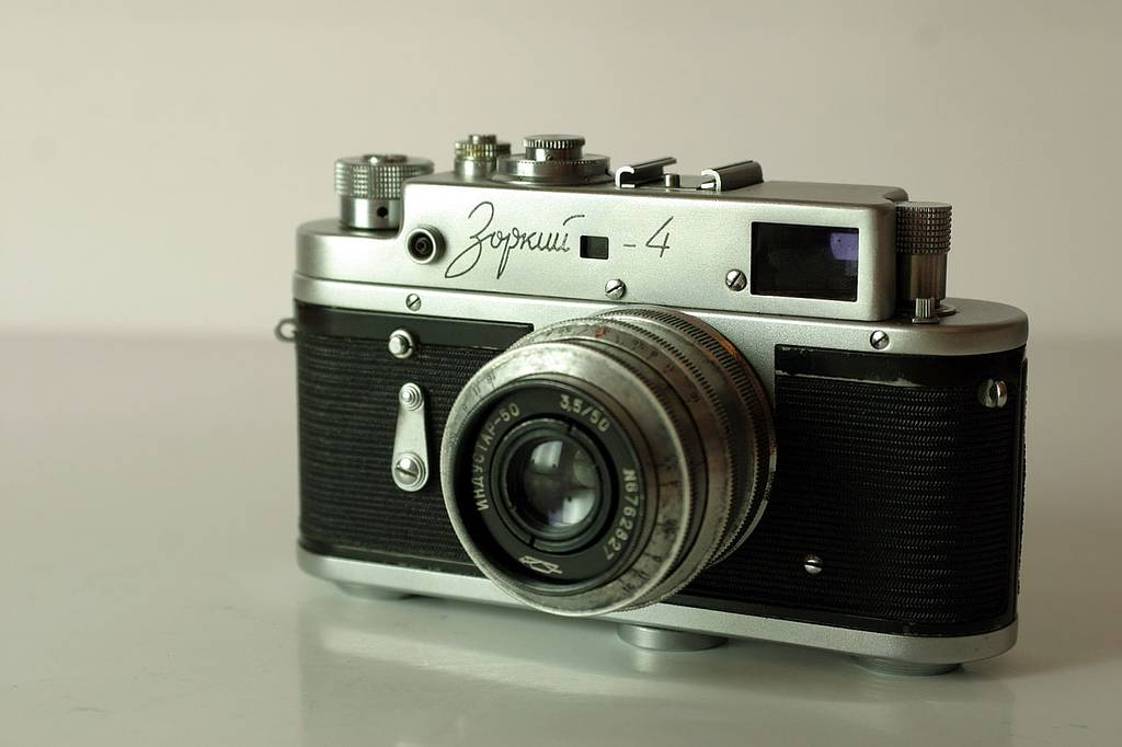 Zorki 4 - Not a Leica, Sucka!