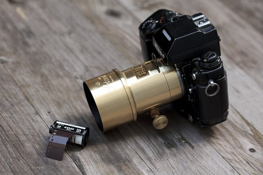 Last Chance to Own the New Petzval 85 Art Lens!