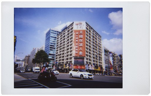 Urban Stories as Told by the Lomo'Instant Automat