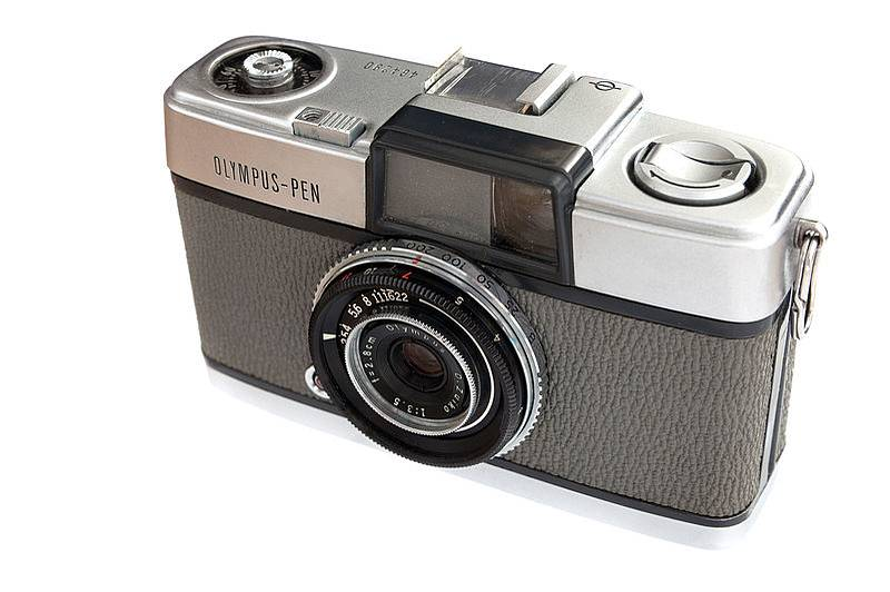 Lomopedia: Olympus Pen