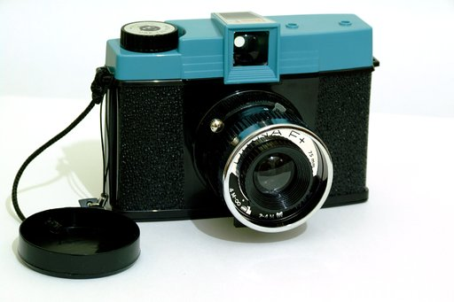 Diana F+ 鏡頭蓋安全帶(lens cap security cord)