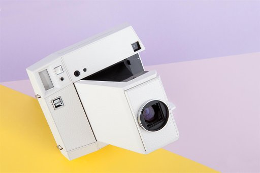 Start your Square-Framed Adventure with the Lomo'Instant Square White!